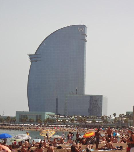 Отель в Барселоне.